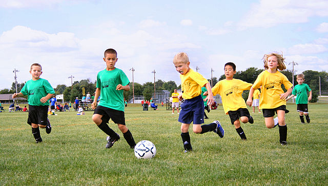 640px-Youth-soccer-indiana